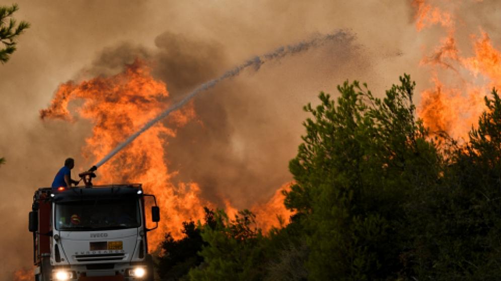 Η Ελλάδα καίγεται: καπιταλισμός, κρίση και κλιματικό χάος, του Kevin Ovenden