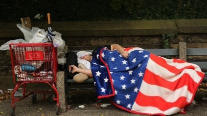 Με κουπόνια σίτισης ζουν εργαζόμενοι πλήρους απασχόλησης στις ΗΠΑ, του Αλέκου Αναγνωστάκη