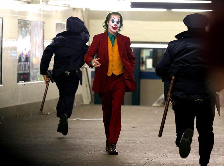 Δεν είναι ο Joker, είναι ο σύγχρονος καπιταλισμός, Όλγα Μοσχοχωρίτου - Λεωνίδας Βατικιώτης