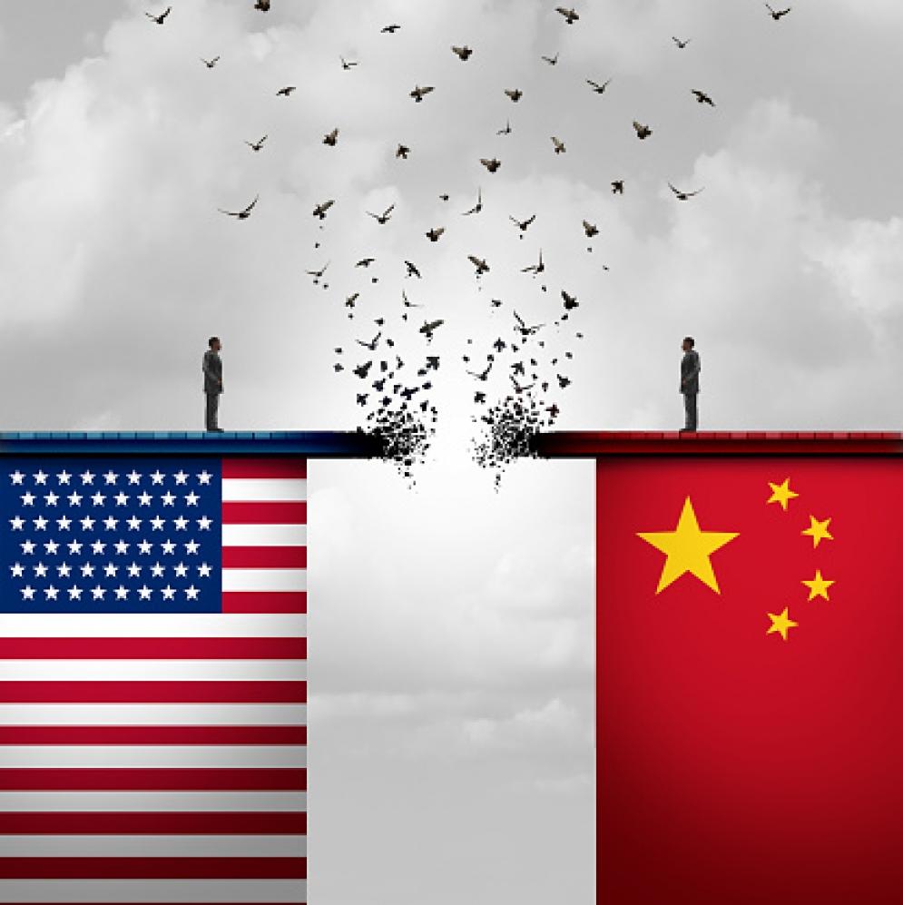 Ψυχρός πόλεμος – θερμές εξελίξεις, του Γιάννη Νικολακόπουλου