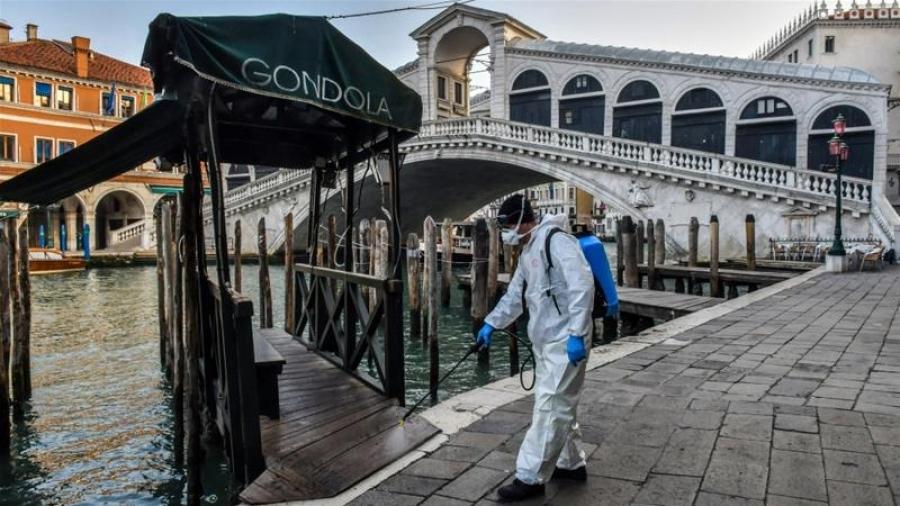 Η Ιταλία στο μάτι της καταιγίδας, του Παναγιώτη Παπαδομανωλάκη