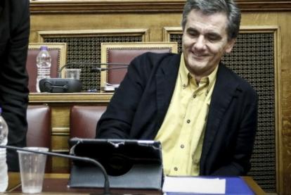 ΣΕΒ–Τρόικα παραγγέλνουν, ΣΥΡΙΖΑ–ΑΝΕΛ ψηφίζουν, του Λεωνίδα Βατικιώτη