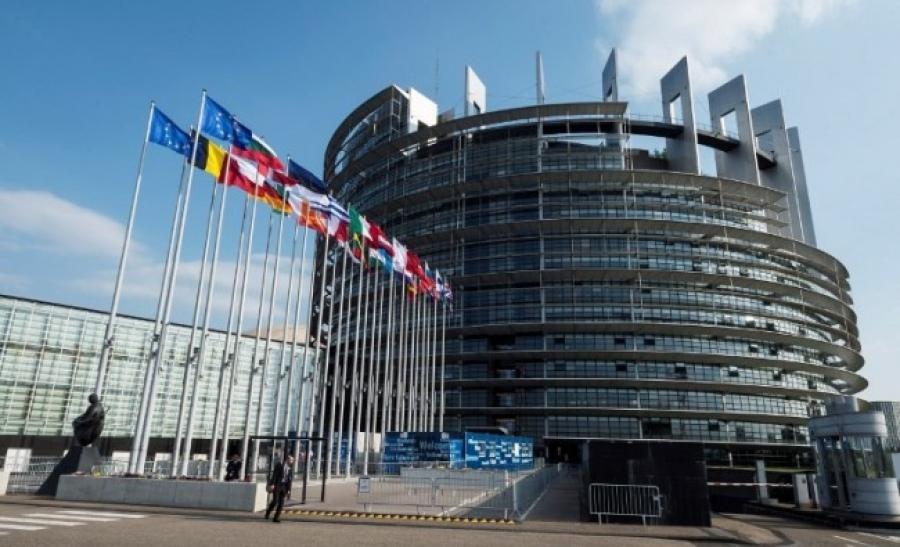 Ευρωπαϊκός κοσμοπολιτισμός και εθνικιστικός απομονωτισμός, του Ανέστη Ταρπάγκου